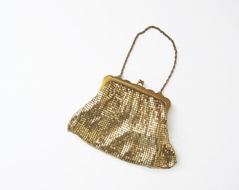 Whiting and Davis Gold Mesh Bag / Gold Evening Clutch / Metal Clutch / Chain Bag / Bridal / 1950s Small Clutch