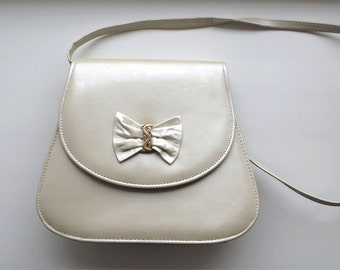 Vintage Evening Bag Glowing Pearl Color Lady Purse With Bow Cinderella's Festive Bag Vintage 80s