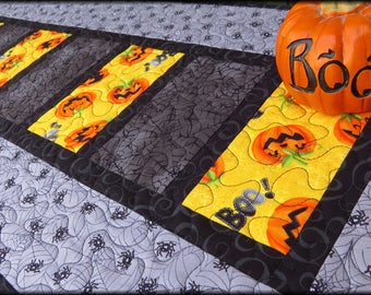 Quilted Halloween Table Runner Quilt Boo's Watching 489