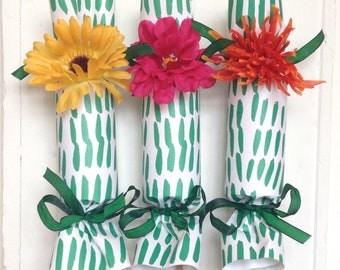 Green Grass Party Cracker