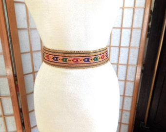 Vintage 40s Embroidered Sash Belt with Back Closure Bohemian Hippie