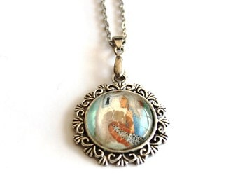 A look at the lock illustrated pendant, 18 inch silver plated girl necklace
