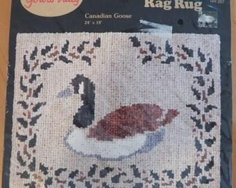 Vintage 1987 Dale Burdett CANADIAN GOOSE Rag Rug Kit 24 x 18 Canvas Pattern
