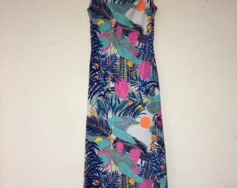 Vtg. 70's Ladies Multi-Color Sleeveless Long Dress