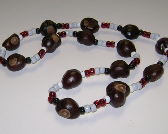 "Ohio State ""Sporty"" Buckeye Necklace! 14 X-Large Buckeyes! 1"" to 1 1/4"" in Size!!"