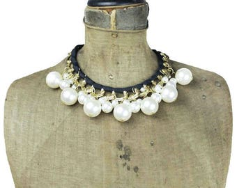 Pearl Bib Necklace, Chunky Pearl Necklace, Pearl Collar Necklace, Wide Pearl Necklace