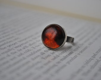 Vintage 830 Silver Cherry Amber Ring - 1960's Baltic Amber Cabochon Size 4.5
