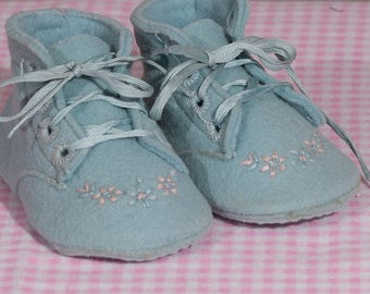 Vintage Childraft Wool Felt Baby Shoes, 1950's Baby Boy Embroidered Crib Shoes