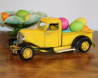 Yellow Metal Pick Up Truck and Faux Easter Eggs, Farmhouse Replica Old Pickup Truck with Colored Eggs, Rustic Easter Spring Decor, Country