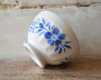 French vintage café au lait bowl, French country kitchen decor bol, farmhouse rustic blue flowers bowl.