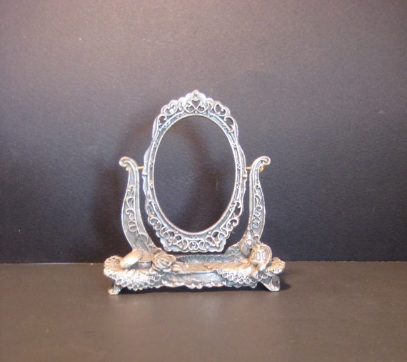 Vintage Swinging Picture Frame Small Oval Pewter Photo Frame