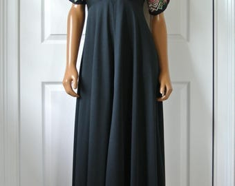 JT Jody of California 1970s Bohemian Chic Hippie Dress Black Short Bell Embroidered Sleeves S/M