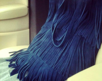 Suede tote with fringes in blue