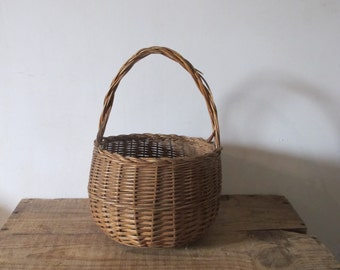 vintage 50s French Handle wicker basket bag