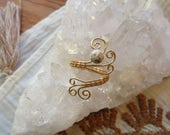 Howlite Gold Wire Wrap Ring || Crystal Healing Jewelry