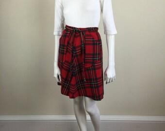 tartan plaid wrap around miniskirt w/ patch pockets 70s