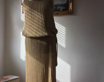 Unique 1970s Annette Carol Knitwear Gold Metallic Knit Dress- Approx Size 12-14-GC
