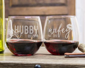 Bridal Shower Gift, Red Wine Stemless Glasses, 50th Anniversary Gifts, His And Hers Wine Glasses, Couples Gift, Personalized Glasses
