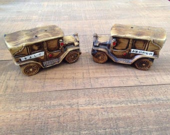 Truck Salt and Pepper Shakers, Salt and Pepper Shakers, Collectible, Vintage Salt and Pepper Shakers, Vintage Trucks
