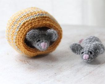 Mini Crochet Mouse Animal Plush, Mouse Plushie, Stuffed Mousie, Travel Toy, Busy Bags, Amigurumi Crochet Mouse Doll, Baby Shower Gift Girls