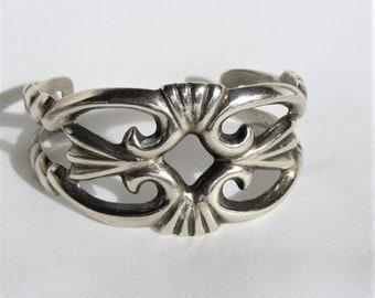 A Beautifully Designed Navajo Vintage Sandcast Sterling Silver Cuff Bracelet