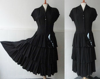 Lovely Black 40s Vintage Dress With Bow // Black And Blue // Size 40