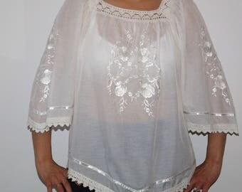 Vyshyvanka Bohemian embroidered cotton white folk blouse shirt tunic peasant blouse Ukrainian Vyshyvanka Ethnic Traditional Crotcheted Roses