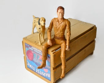 Louis Marx Johnny West And Dog Flack English Setter Plastic 1960s Vintage Collectible Toy Cowboy Western Decor