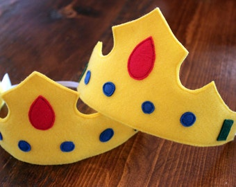 Felt crown, dress up crown, pretend play, prince costume, princess costume - custom made to order