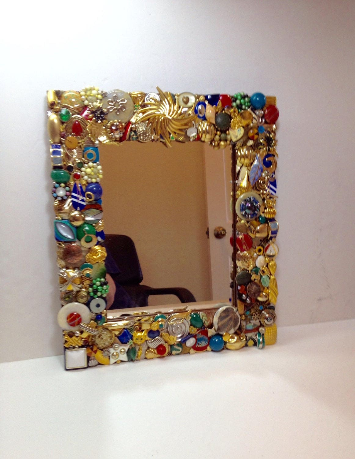 Mirror with jeweled frame embellished mirror gold mirror for Embellished mirror frame
