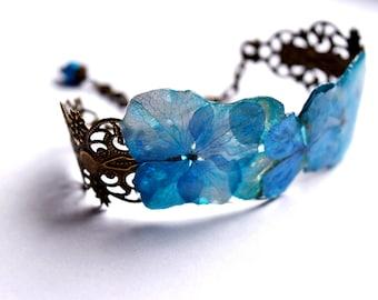 Real flower bracelet Blue feminine gift, Bangle floral gift for her, Blue flower bracelet, Unique woman gift, garden art gift for girlfriend