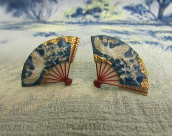 Mid-century hand-painted porcelain fan shaped screw back earrings with gold accents