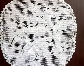 roses, crochet table doily, handcrafted,