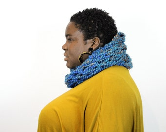 Seriously Chunky Super Soft infinity scarf - BLUEGRASS -