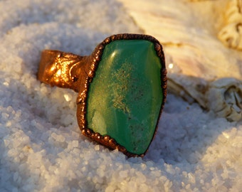 Mint Green Chrysoprase ring/organic statement /Australia Jade/copper/Raw Chrysoprase /bohemian/ ring SIZE 7 /Electroformed/spring/Ester