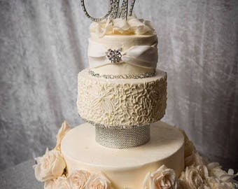 Pearl & Crystal Cake Topper