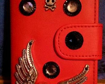 Hand decorated Wallet phone case for I-Phone 5s.