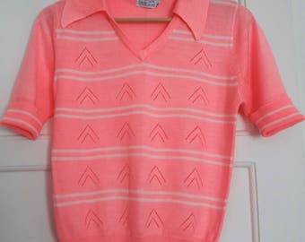 "1950s 1960s ""Gaystyle"" Short Sleeve Neon Pink Sweater S M"