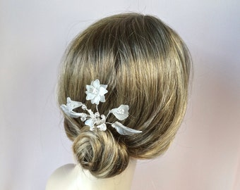 Bridal crystal headpiece, wedding hair accessories, wedding hair comb, Frosted Flowers hair comb, crystals and frosted flowers Style 340