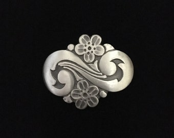 Vintage 1950's R. Tennesmed Sweden Pewter Double Swirl Floral Brooch  (WhtD3)