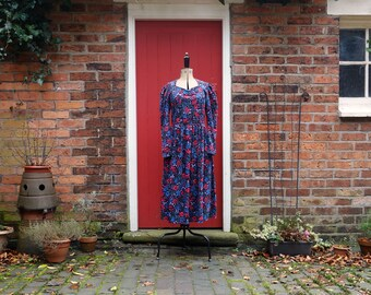 Laura Ashley dress / 1980s dress / floral dress / 80s dress / needlecord fabric dress / floral print / vintage dress / corduroy