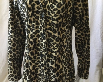 Leopard Print 3/4 length Fitted Jacket Coat 1960s Faux Fur by Entrancy made in USA size S-M