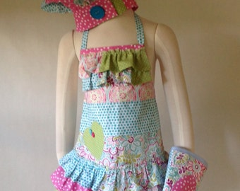 Kid's Apron Set, MADE TO ORDER, Girl's Apron, Chef Hat, Play Oven Mitt, Child's Apron, Patchwork