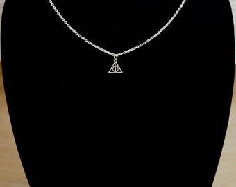 Small Deathly Hallows Necklace / Free Shipping/ Deathly Hallows Pendant / Harry Potter Jewelry / Silver Necklace / Charm Necklace / Handmade