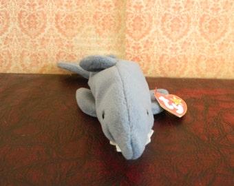 """TY Gray Shark Beanie Baby """"Crunch"""" (B)"""