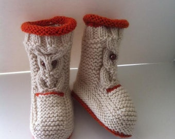 Knitted owl booties. Any size or color.
