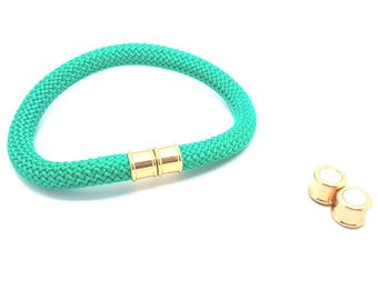 2 magnetic clasps gold for 10mm cord sets