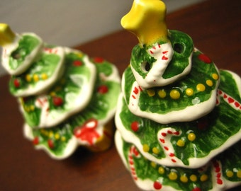 Christmas Tree Salt and Pepper Shakers – Vintage Decor - Made in Korea