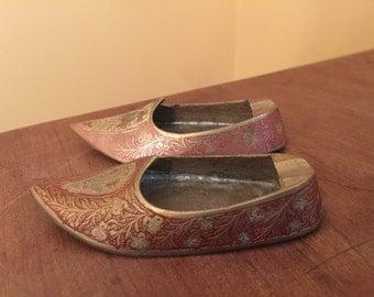 Vintage Brass Ashtray Shoes/Small Shoe Ashtray/Unique Ashtray