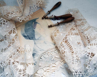 Handcrafted Lace French Antique Ecru Linen  Bobbin Lace